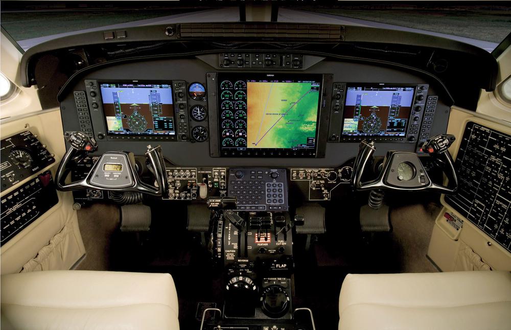 kingairC90Panel.jpg