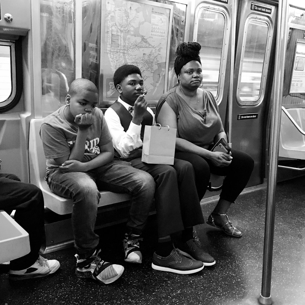 commuters_gonzguzphoto_05.jpg