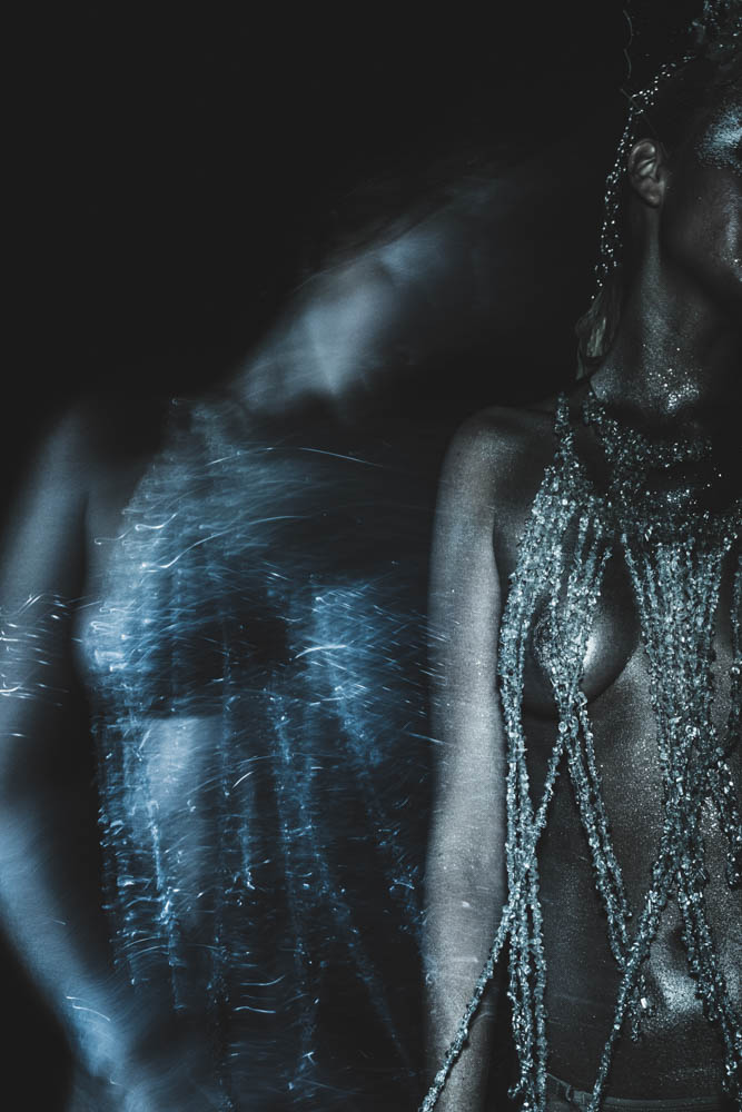After Dark – Svala