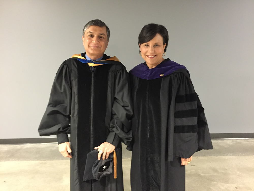 Dr. Suman Das with US Secretary of Commerce Penny Pritzker during Georgia Tech'sSpring 2016 Commencement ceremony.