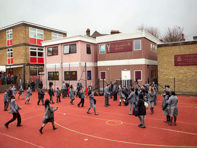 Sacred Heart Catholic Secondary School, London (James Mollison)