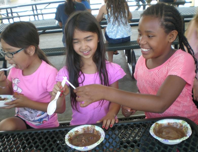 Girls play spoons ice cream June 2015.jpg