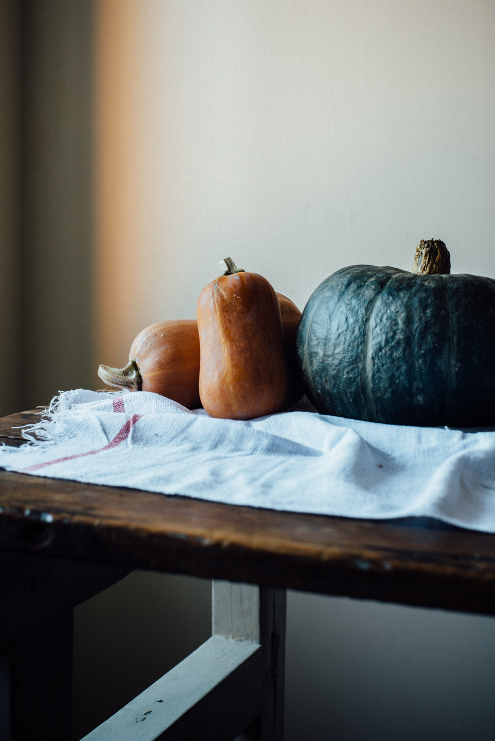 kabocha, fennel + ginger soup w/ spicy coconut cream | dolly and oatmeal