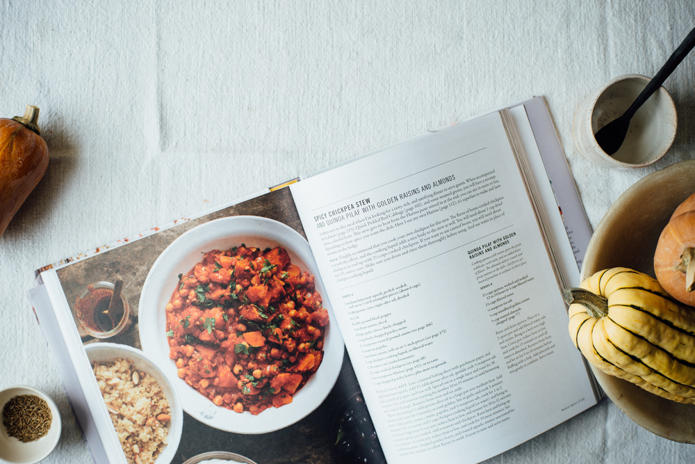 spicy chickpea stew + quinoa pilaf   dolly and oatmeal