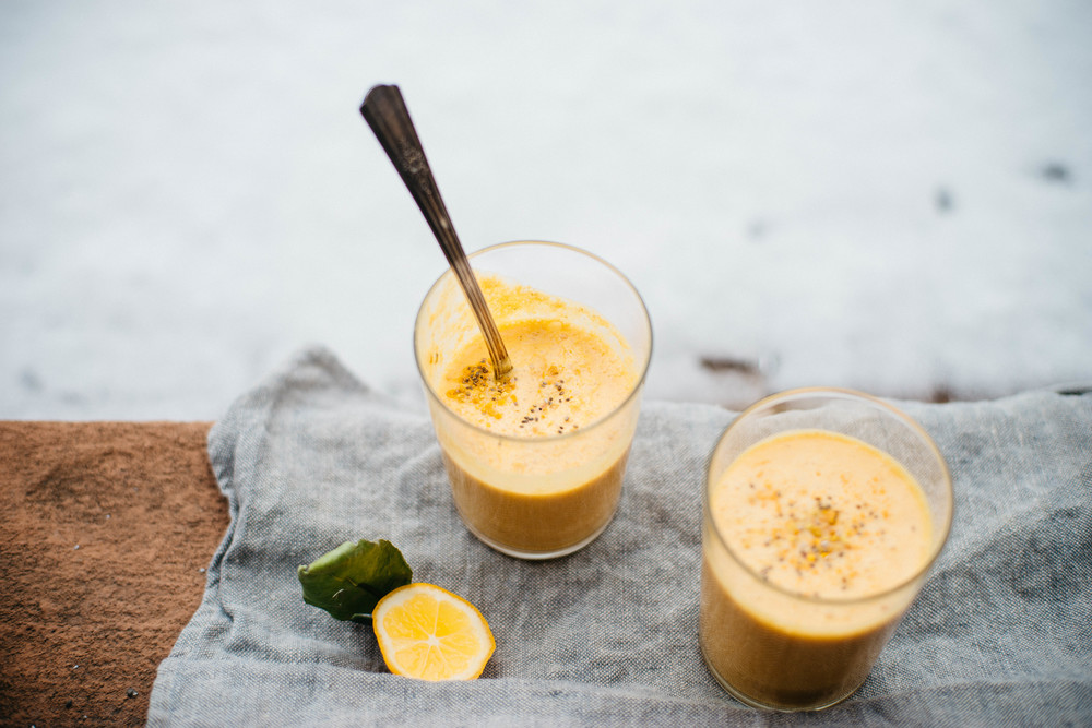 coconut citrus smoothie | dolly and oatmeal