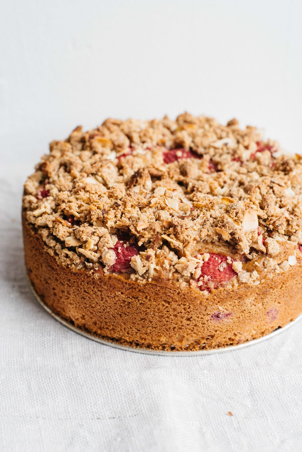 raspberry-currant yogurt crumble cake (gf + df) | dolly and oatmeal