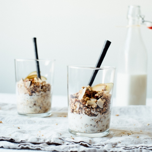 superfood granola w/ almond-macadamia milk