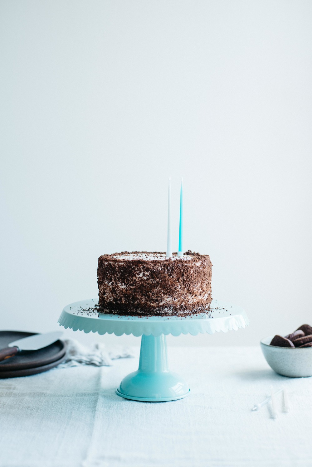 cookies n' cream cake (gf + df) | dolly and oatmeal