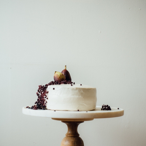 hazelnut layer cake w/ fig compote (gf + df)