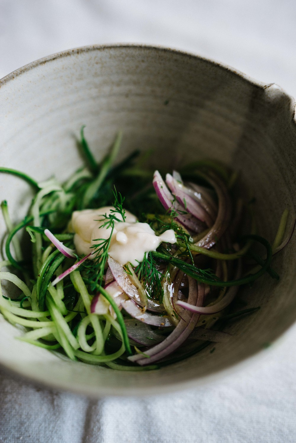 Garlicky Cucumber Slaw | dolly and oatmeal #vegan #glutenfree