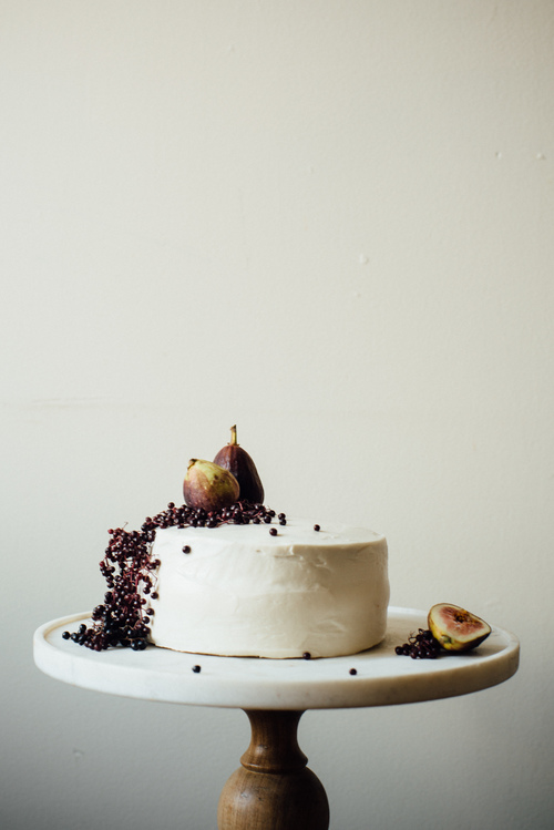 hazelnut layer cake w/ fig compots