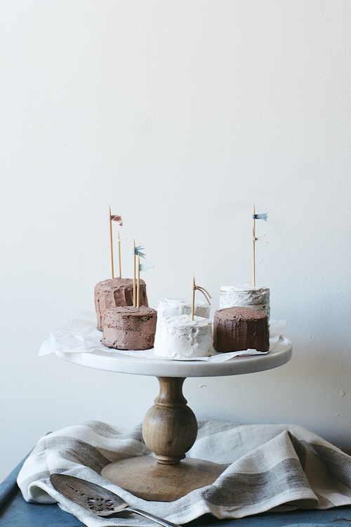 tiny layer cakes