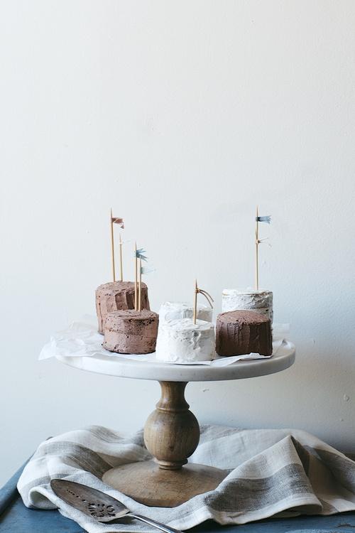 tiny layer cakes