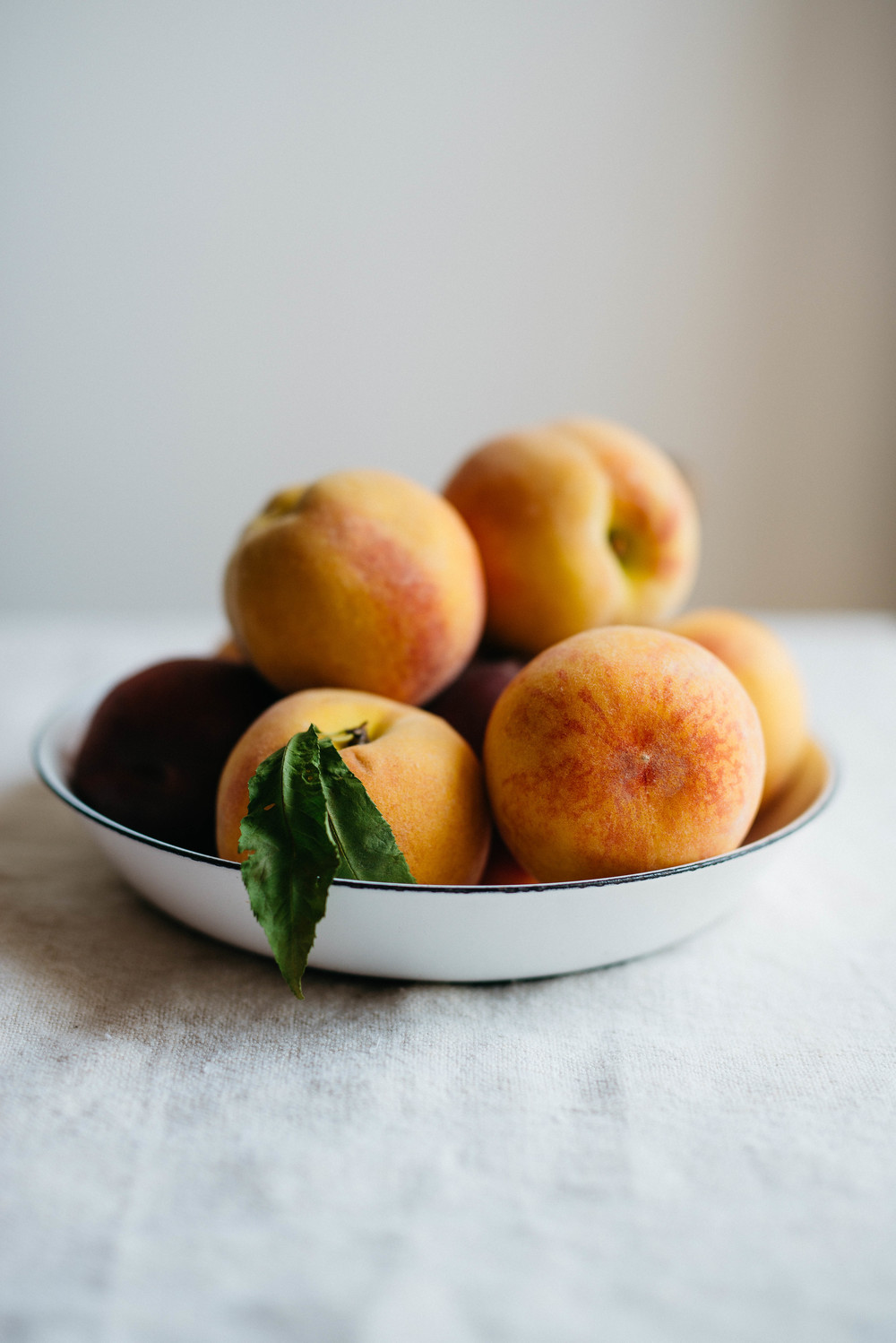 summer peaches | dolly and oatmeal