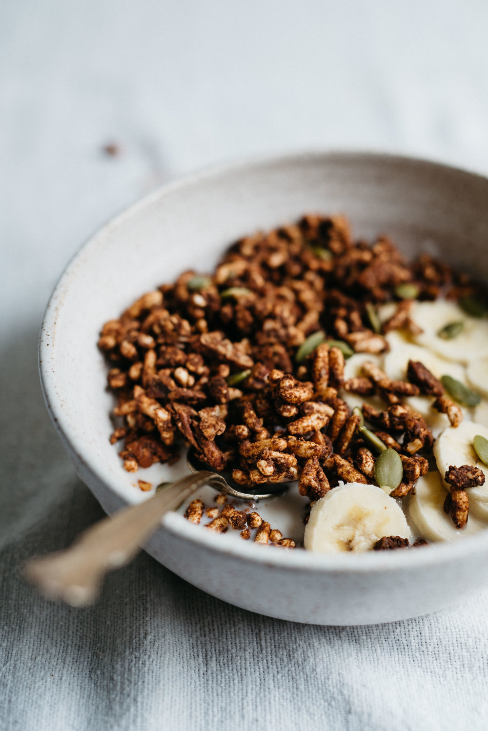 Maca Cacao Puff Cereal | dolly and oatmeal #vegan