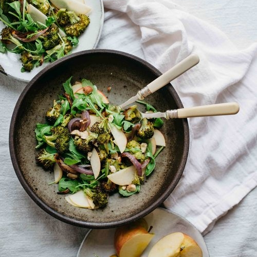 charred broccoli & red onion salad w/ shaved apples