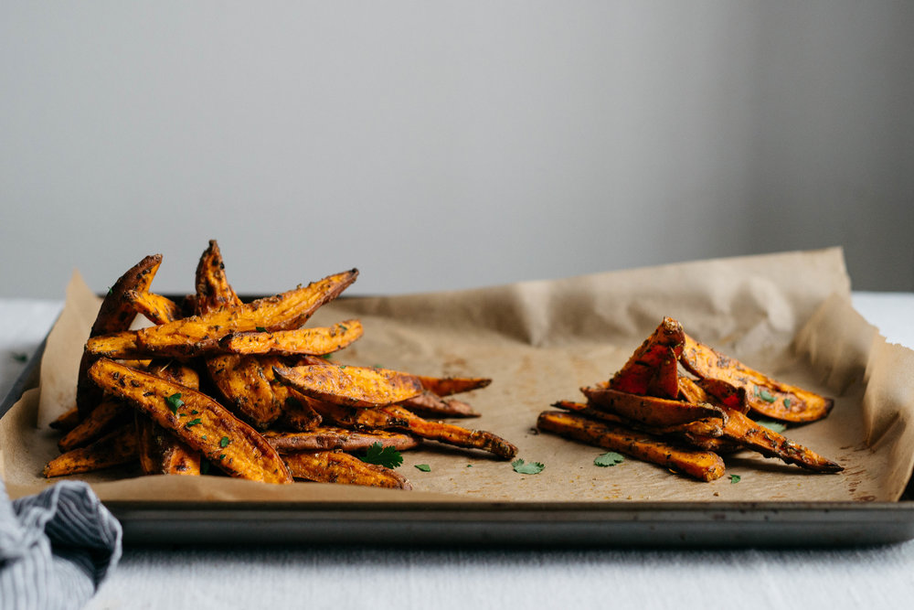 Roasted Sweet Potato Wedges w/ Green Yogurt Sauce | dolly and oatmeal
