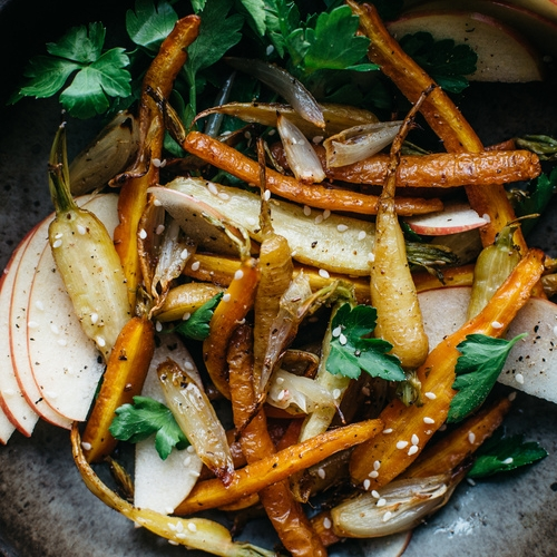 fennel-roasted carrots & shallots w/ shaved apple