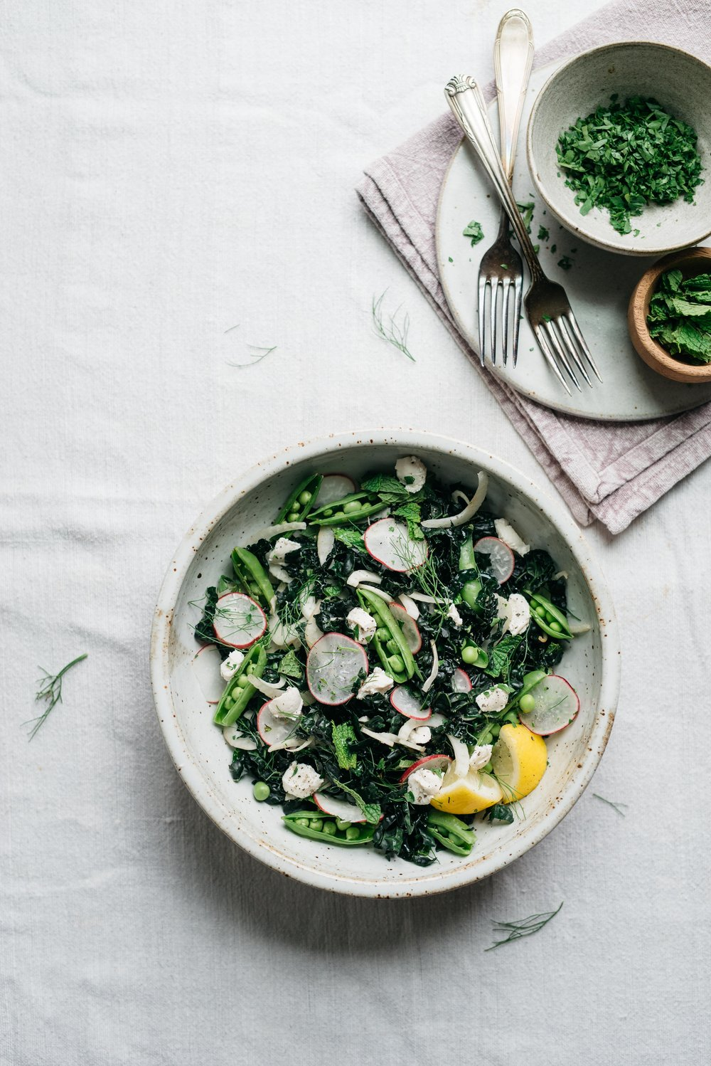 Lemony Fennel, Radish, and Kale Salad | dolly and oatmeal