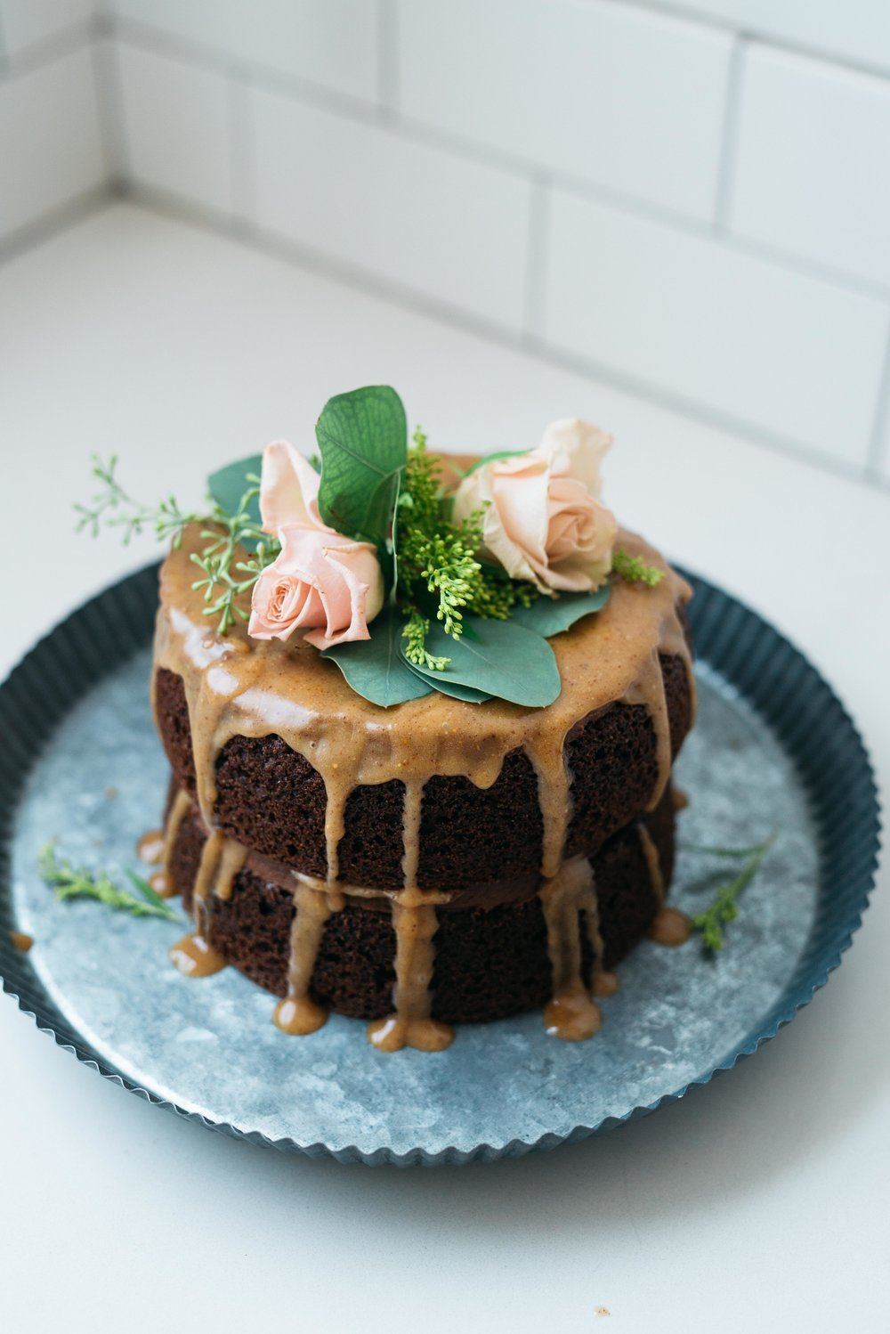 Double Chocolate Caramel Cake | Dolly and Oatmeal