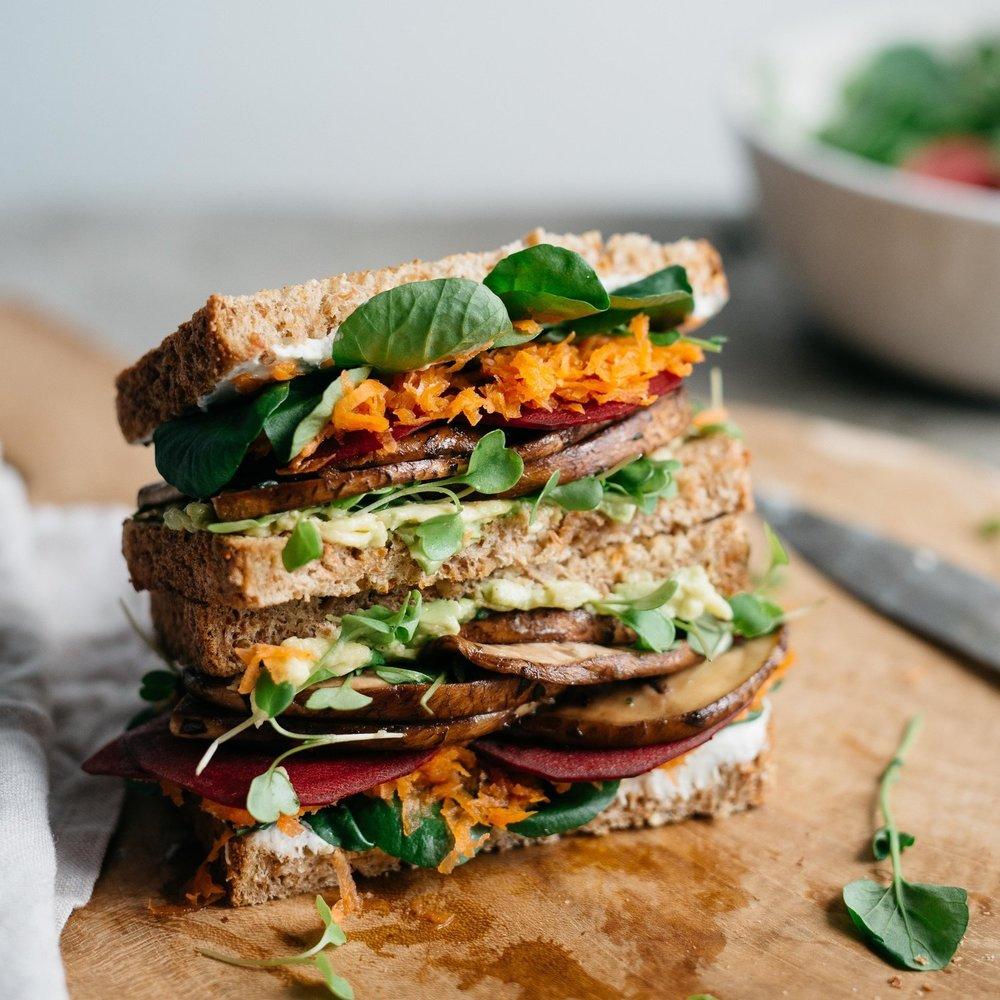 avocado club sandwichw/ marinated portobello mushrooms