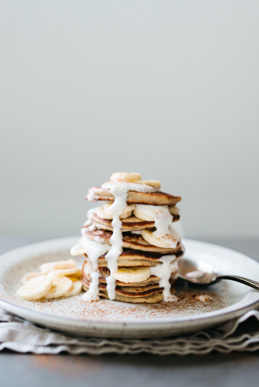 pumpkin spice banana bread pancakes
