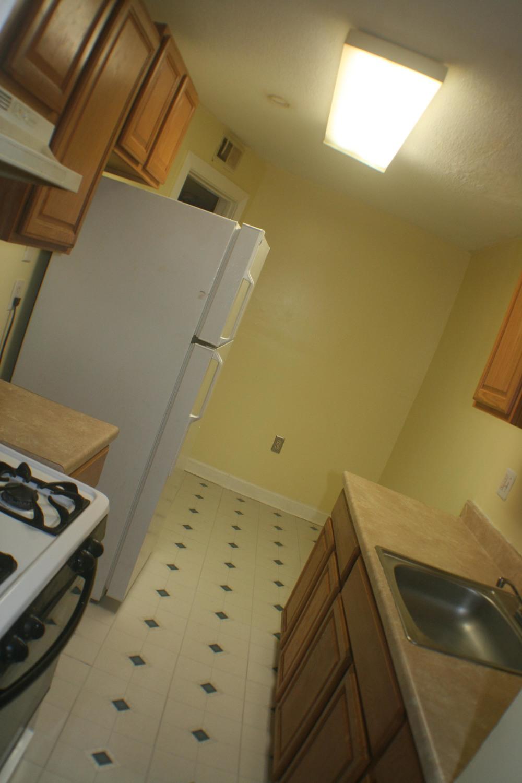 apartment build unit #2 020-2.jpg