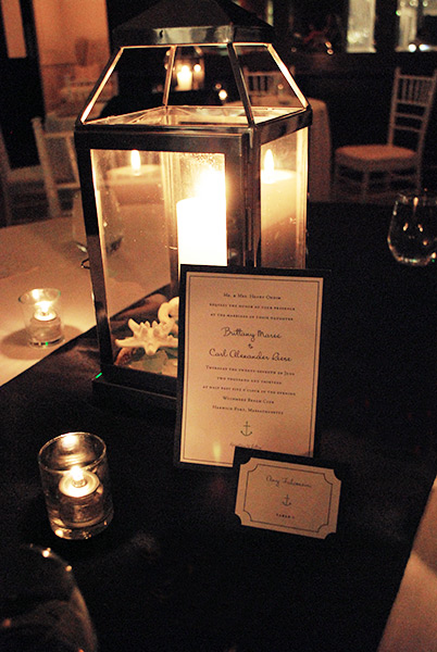 Invitation and place card at the Wedding
