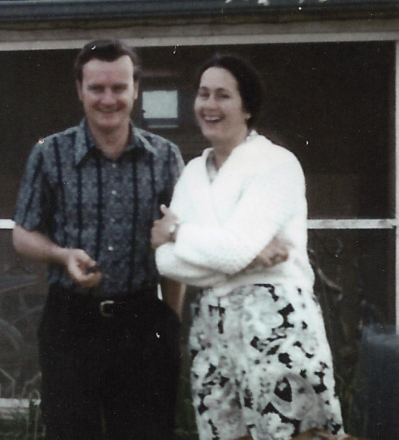 Mom Dad 1070s.jpg