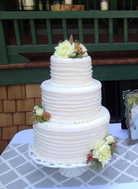 """Shabby chic wedding at Empire Mine, Grass Valley"""