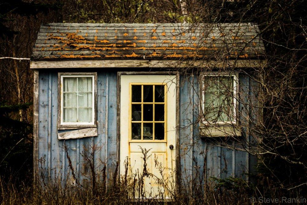 abandonedtiny.jpg