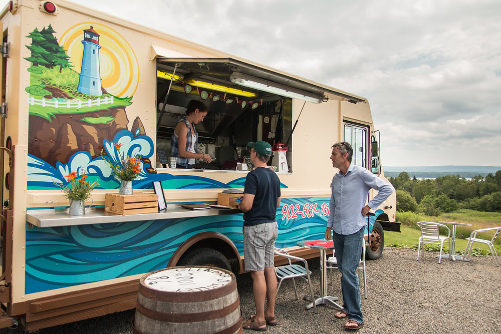 Cabot_Discovery_Tours_Cape_Breton_Crusin_Cuisine