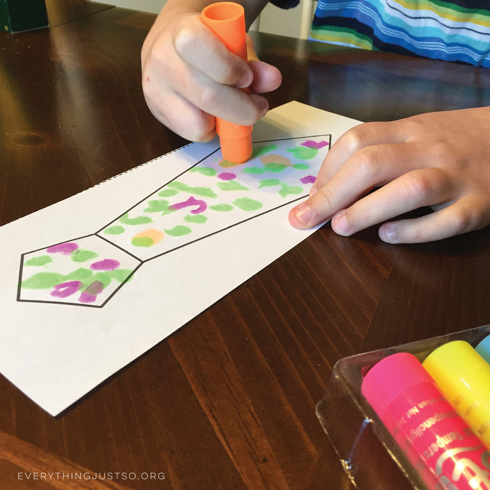 Summer Projects with Kwik Stix | everythingjustso.org | Have you tried Kwik Stix? They're a solid tempera paint that dries in less than 90 seconds - be as creative as you want without all the mess!