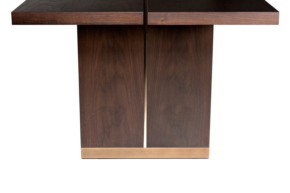ELLIOT-EAKIN-Furniture---Ashland-Dining-Table---Base-Detail.jpg