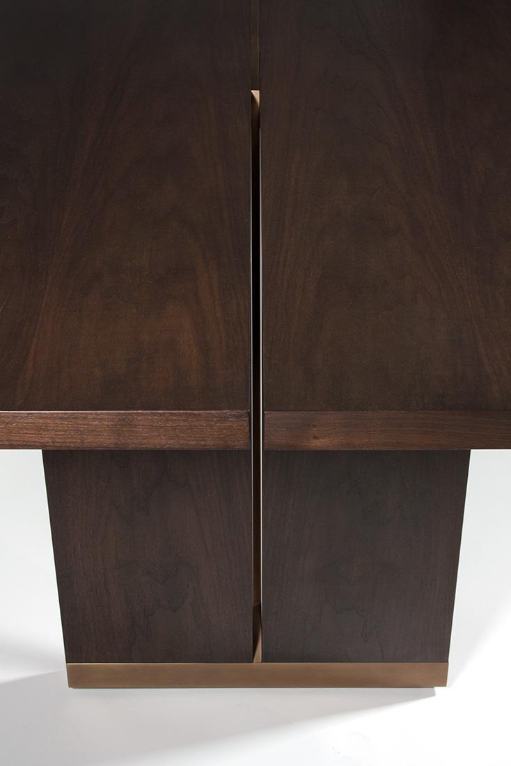 ELLIOT-EAKIN-Furniture-Ashland-Dining-Table-Metal-Detail.jpg