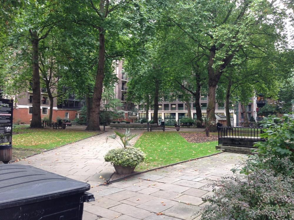 St. John's Gardens, Westminster