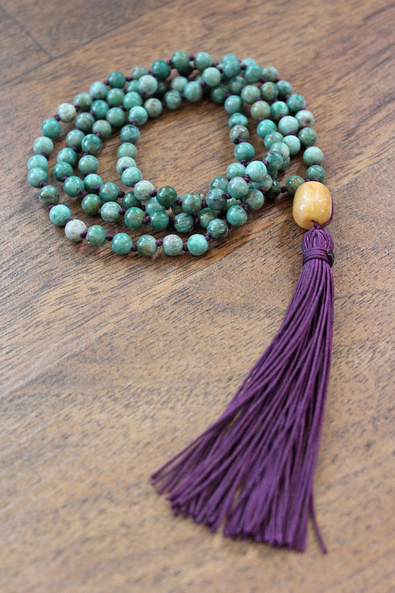 No Mind Mala - ANAHATA chakra (heart center) - Knotted African Jade & Aventurine