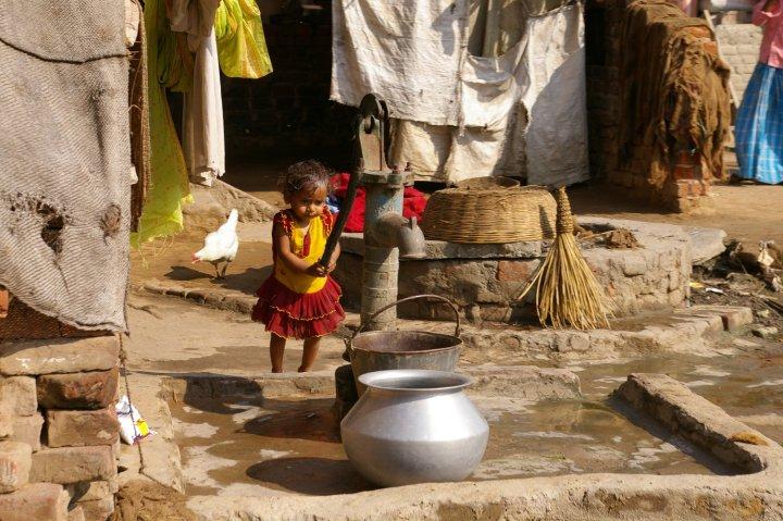 Learning early - outside of Bodhgaya, Bihar