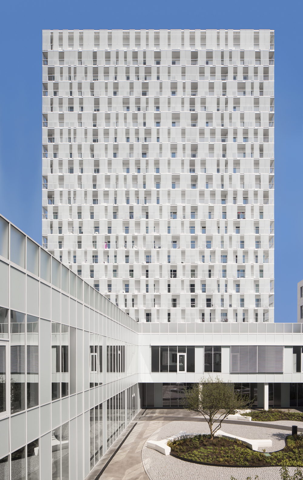 Park Tower by Studio Farris