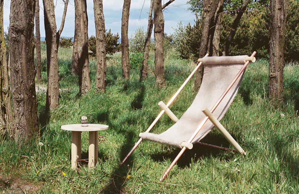 OVIS_flr_chair_outside2.jpg