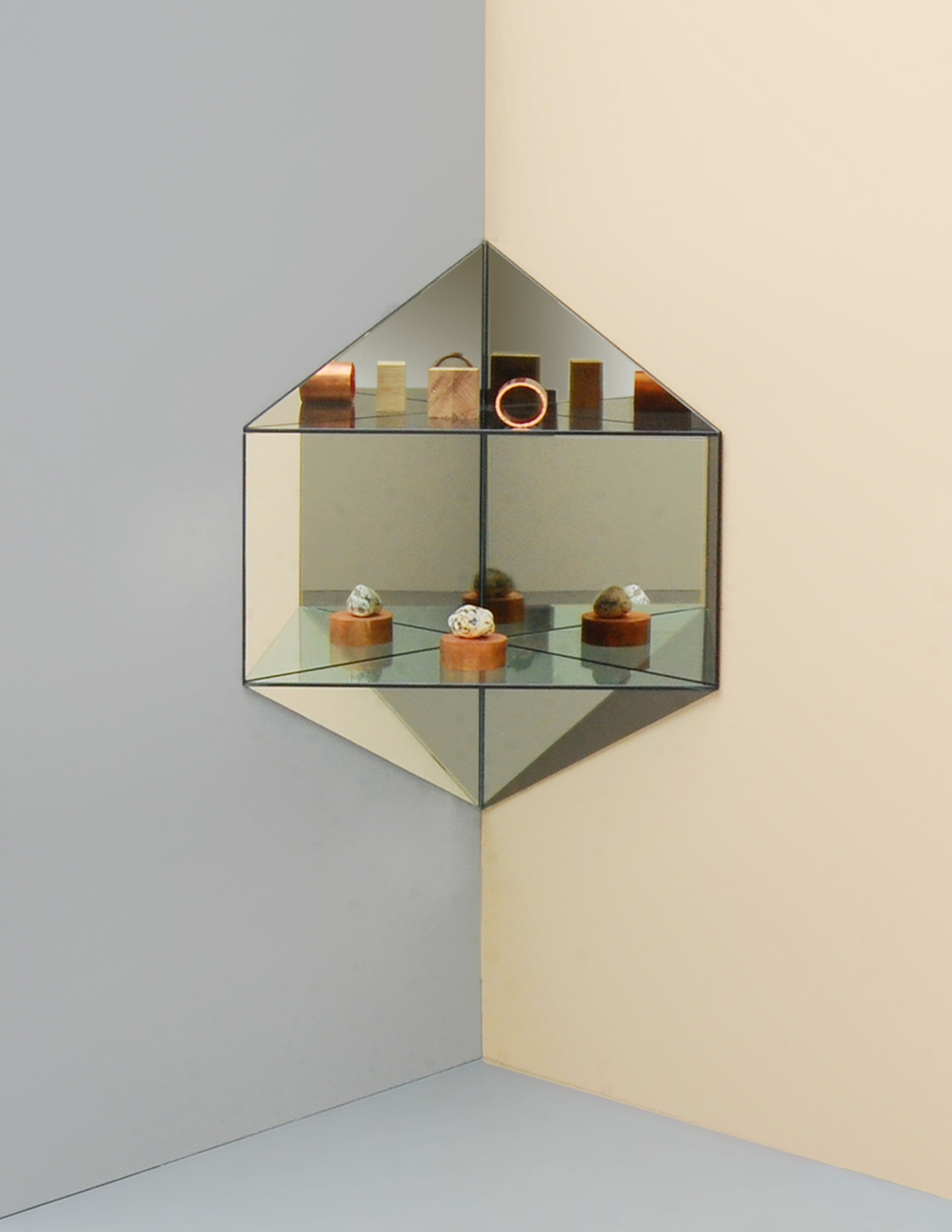 LG Studio_Mirage_Shelf_hexagon2.jpg