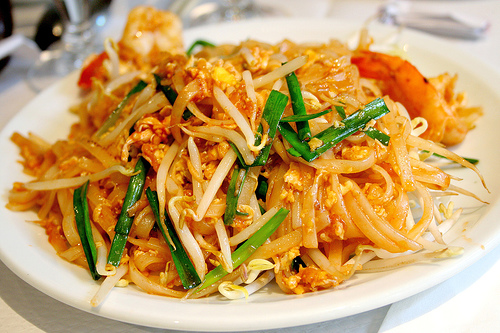 pad thai food.jpg