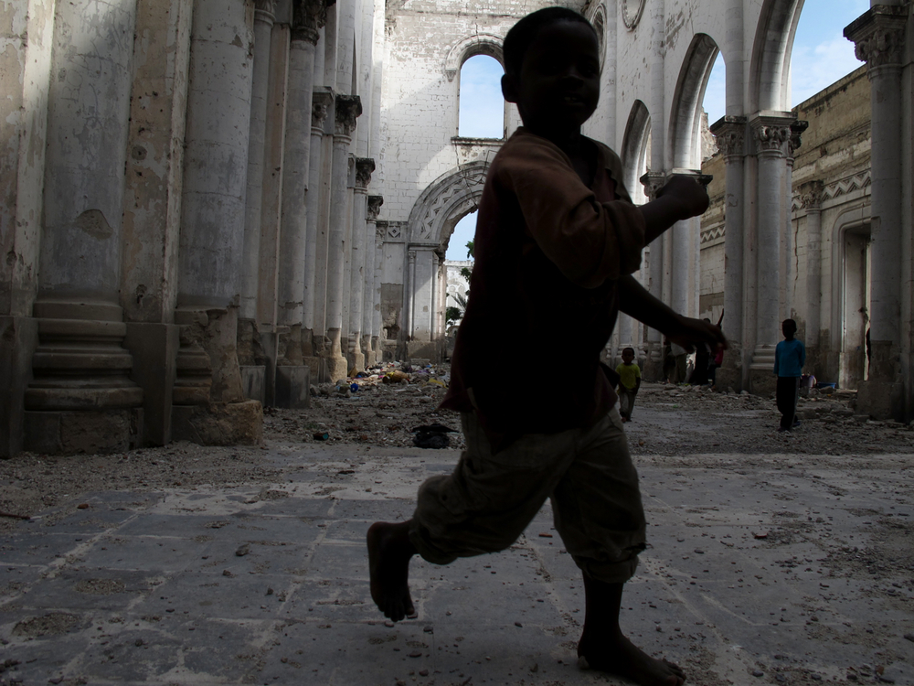 Afternoon playtime.  Cattedrale di Mogadiscio, Mogadishu, Somalia. August 2012.