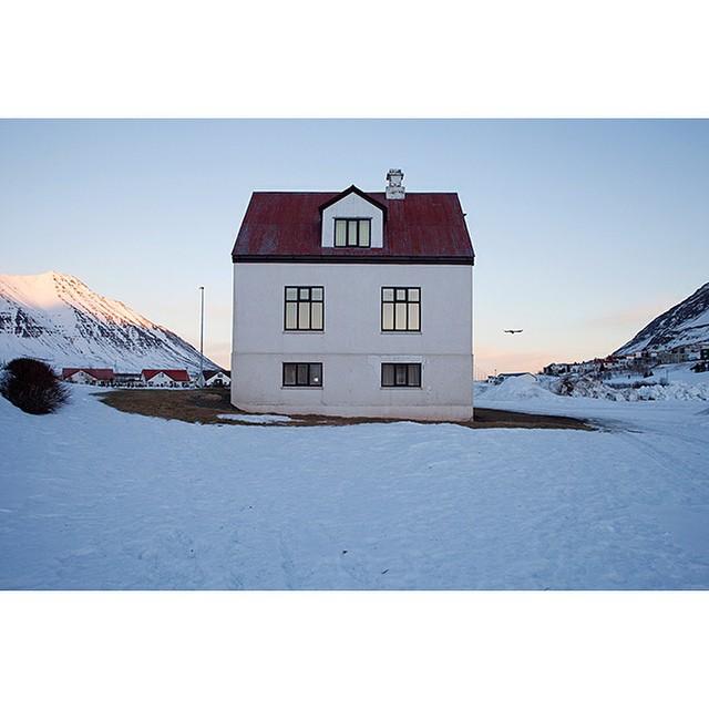 "66°04'13.3""N 18°39'05.7""W, 10/01/2015, 1408 Raven, Ólafsfjörður, Iceland #raven #house #winter #Iceland #flyby"