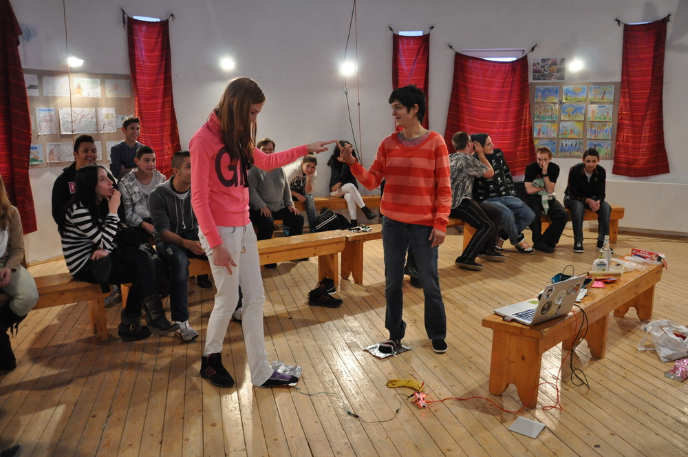 Teenagers workshops, Burratino, vocational school for minorities Budapest