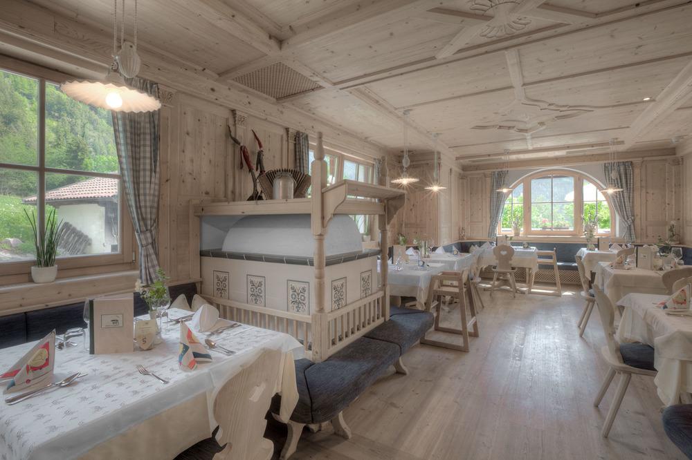  Hotel Sonnwies     Lüsen - Luson  Speisesaal - Sala pranzo