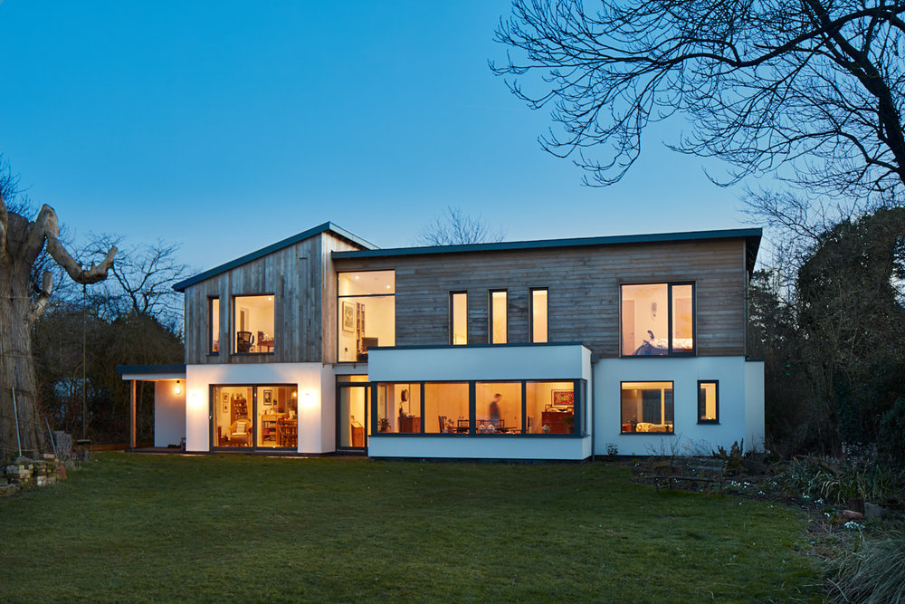 SUSTAINABLE HOUSE, NORTON > >