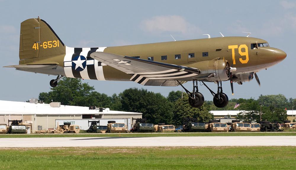 DC3 Koch landing.jpg
