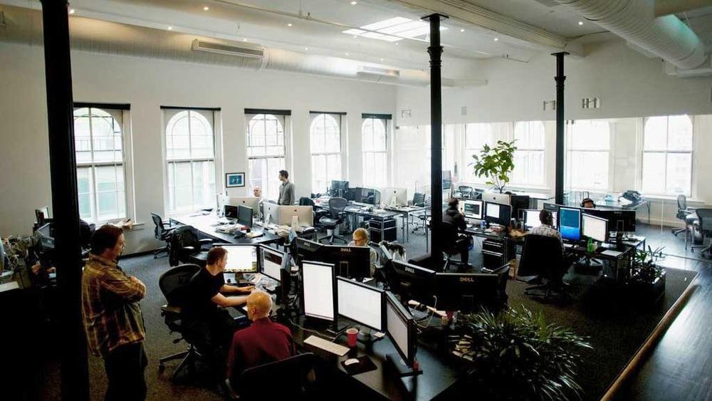 squarespace-desks.jpg
