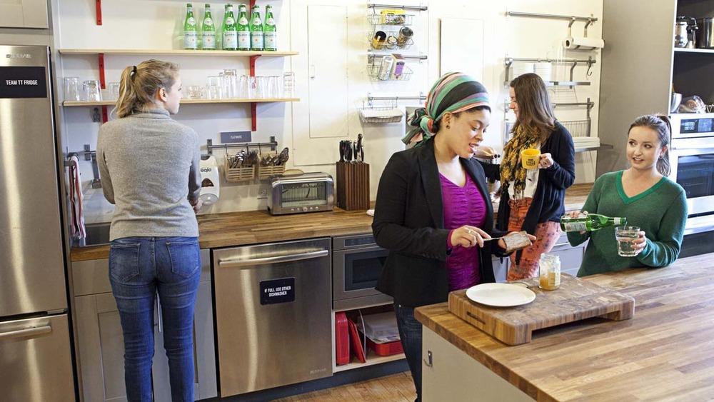 Tasting-Table-kitchen.jpg